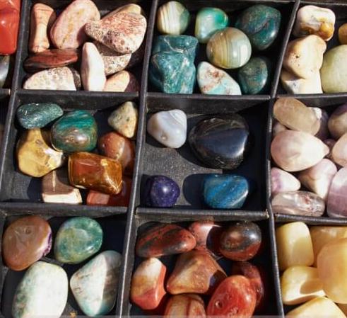 Las Piedras Chakras o Gemas para el Chakra Raíz